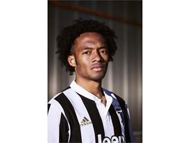 Juventus Cuadrado 01