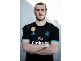 Bale Away 4
