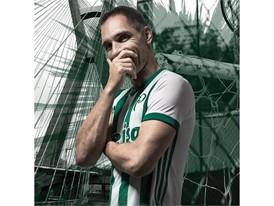 Palmeiras away jersey - Prass 2