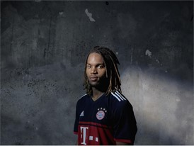 FC Bayern Away Sanches