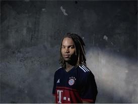 FC Bayern Away Sanches