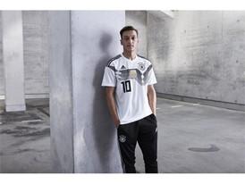 WM Trikot 2018 Özil
