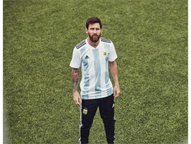 05 Argentina Home Jersey