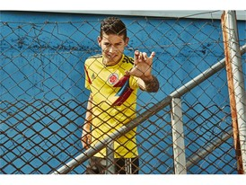 04 Colombia Home Jersey