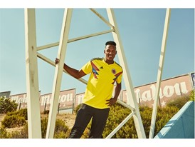 05 Colombia Home Jersey