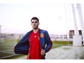01 Spain Home Jersey