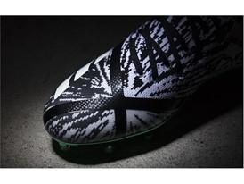 adidasFballUS adizeroPK