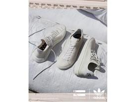 adidas Originals PHARRELL WILLIAMS Hu Holi Blank Canvas PR Vertical Group