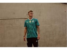 DFB Auswärtstrikot