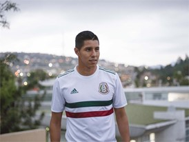soccerbible-mexico-hires-5777