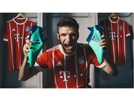 Η adidas αποκαλύπτει τη νέα ποδοσφαιρική συλλογή Deadly Strike για τους πιο αποφασισμένους παίκτες στο γήπεδο με τα ανανεωμένα Predator 18+, ΝΕΜΕΖΙΖ 17+ 360 AGILITY, Χ17+ 360 SPEED και COPA18