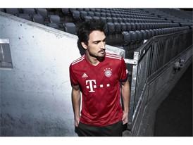 FC Bayern-Heimtrikot 2018-19 - Hummels