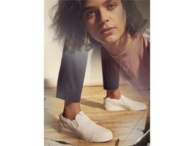 adidas Originals Nizza SS18 KEY Background 05