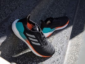 ADIDAS SOLARBOOST MALE