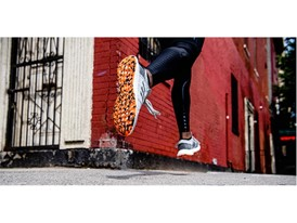 PureBoost Go Mens Product Image 3