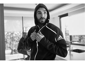 adidas Z.N.E. HOODIE FAST RELEASE | Εμπνευσμένο & σχεδιασμένο για αθλητές προετοιμασμένους για κάθε συνθήκη στη ζωή και στο παιχνίδι τους