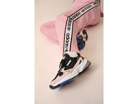 Adidas_Originals_FW18_Falcon_B28126_Look_07_On_Foot_0204_04.jpg