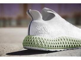 Mit dem ALPHAEDGE 4D definiert adidas in diesem Herbst das Laufen neu