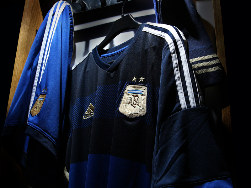 Argentina Fed Kit Away 2