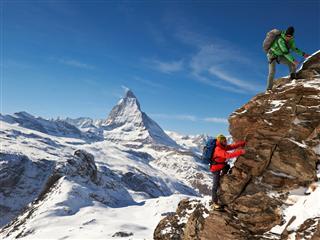 Partnerschaft zwischen adidas und dem Alpin Center Zermatt