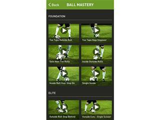 adidas miCoach Smart Ball 4