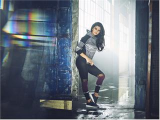 NEO FW15 Selena Gomez Q4 4