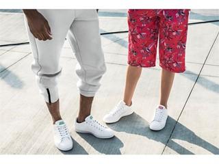 進化したコートスタイルスニーカーで『くもごこち』な足取りへ ハイブリットモデルの革新的な履き心地に注目! 「CLOUDFOAMVALCLEAN」