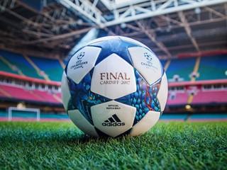 adidas, Galler'in Ejderha Figüründen İlham Alarak Tasarladığı UEFA Şampiyonlar Ligi Resmi Maç Topu'nu Sunuyor