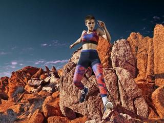 Η adidas StellaSport παρουσιάζει τη συλλογή Φθινόπωρο / Χειμώνας 17 και σε καλεί σ' έναν κόσμο φτιαγμένο για τα action girls
