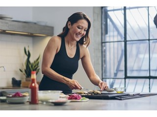 ALL DAY chef Candice Kumai