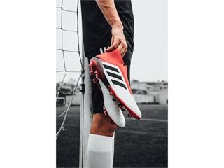 adidas Football представя модела Predator 18+ в нова цветова комбинация Cold Blooded
