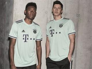 FC Bayern Auswärtstrikot  6