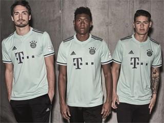 Pastellfarben und Polokragen: Das FC Bayern-Auswärtstrikot 2018/19