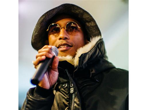 Superstar Experience: Pharrell Williams Surprises Highschool Artists 14