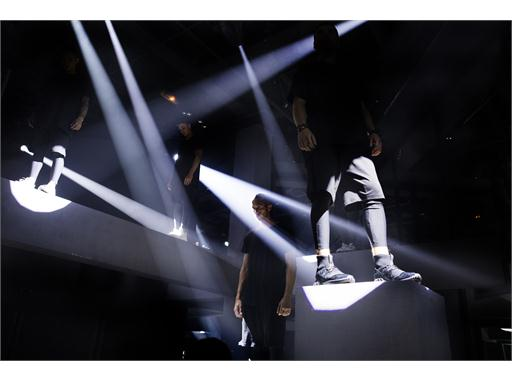 adidas Originals GÇô Tubular SS16 Performance at Paris Fashion Week  (16)