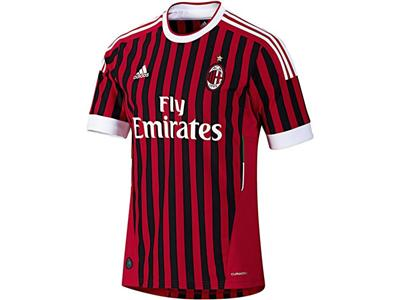 adidas presents the new AC Milan jersey for the 2011/12 season