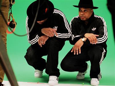 """adidas обединява Run DMC и A-Trak в кампанията """"Unite all originals"""""""