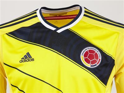 sports shoes 70423 a846d ... adidas presenta la camiseta de la Selección Colombia para el mundial  Brasil ...