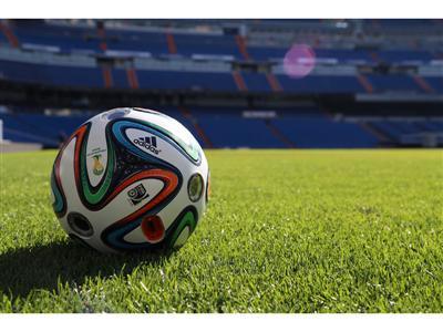 adidas presenta Brazucam, el balón con seis cámaras integradas