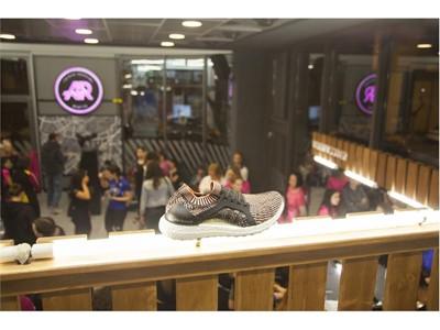 Οι adidas Women γιόρτασαν την Παγκόσμια Ημέρα της Γυναίκας  μεταδίδοντας τη θετική τους ενέργεια σε όλη την πόλη