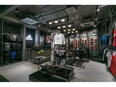 アディダスフットボールだけのブランドフロアがサッカーショップKAMO原宿店3Fに誕生!