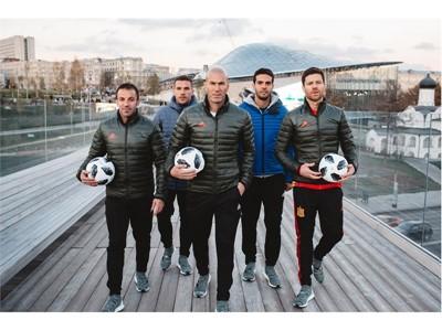 Η adidas αποκαλύπτει την επίσημη μπάλα ποδοσφαίρου και τις νέες εμφανίσεις των ομάδων για το Παγκόσμιο Κύπελλο FIFA 2018 στη Ρωσία