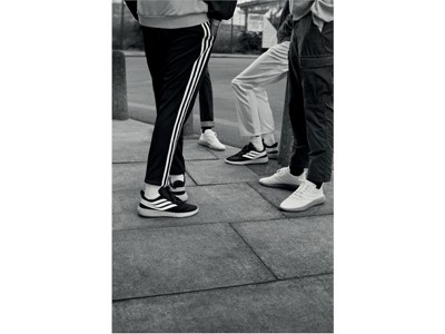 Co łączy football, wilka, psa, chuliganów i adidas Originals?