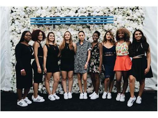 Adidas Womans Superstar 13