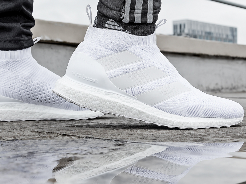 e06ffe651 StellarPack Ultraboost 09. - Triple White silo follows the limited edition  Black ...