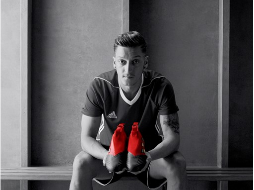 OZIL NEVERFOLLOW PR STILL 19