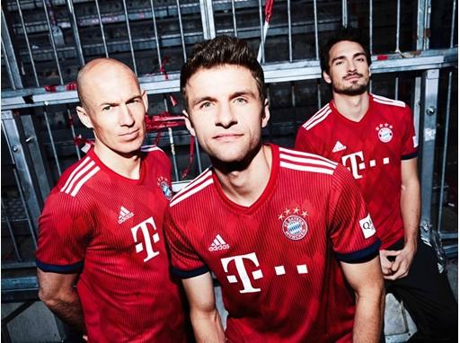 FC Bayern-Heimtrikot 2018-19