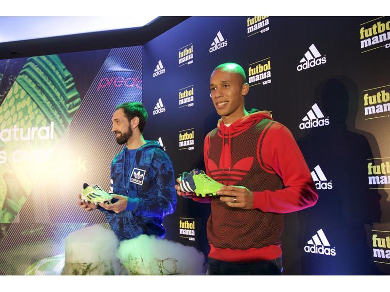 size 40 e9b82 3c19a Juanfran y Miranda han presentado el Pack Supernatural de adidas