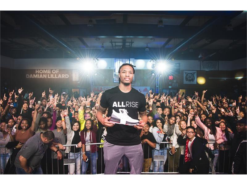 adidas NEWS STREAM : Damian Lillard Returns to Oakland ...