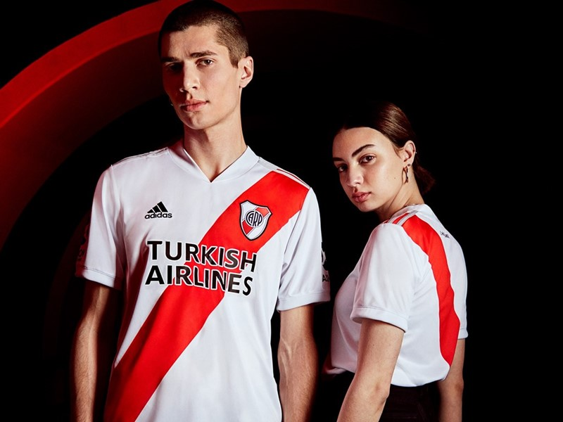 REVEALING THE NEW RIVER PLATE HOME JERSEY